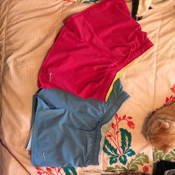 Girls large Nike shorts or women's small